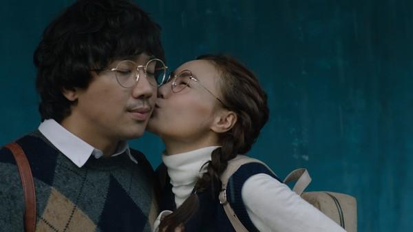 Phim trăm tỷ mùa Tết - Cua lại vợ bầu và Siêu sao siêu ngố có thực sự là tuyệt phẩm của điện ảnh Việt? - Ảnh 10.