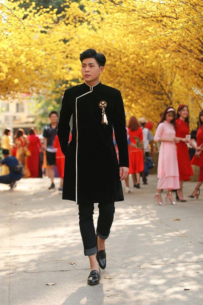 Hot boy khiến Hoài Linh, Việt Hương mê mẩn: Tài giỏi nhưng mặc cảm nhà nghèo, chia tay con gái đại gia - Ảnh 9.