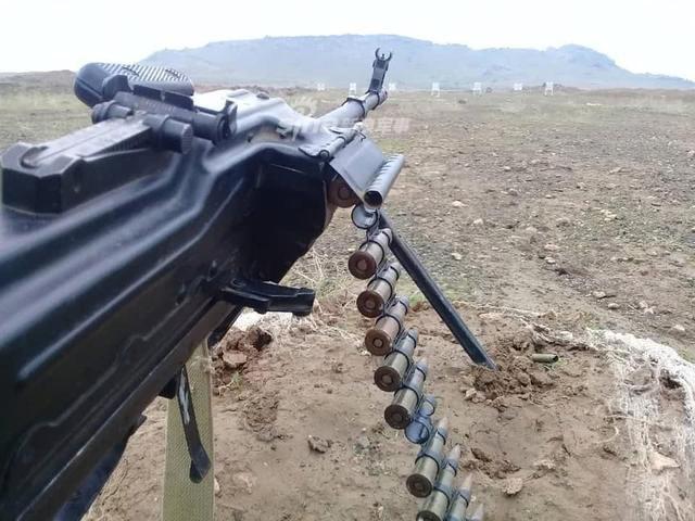 Đáng gờm dàn vũ khí cực mạnh của Cảnh sát Syria - ảnh 9
