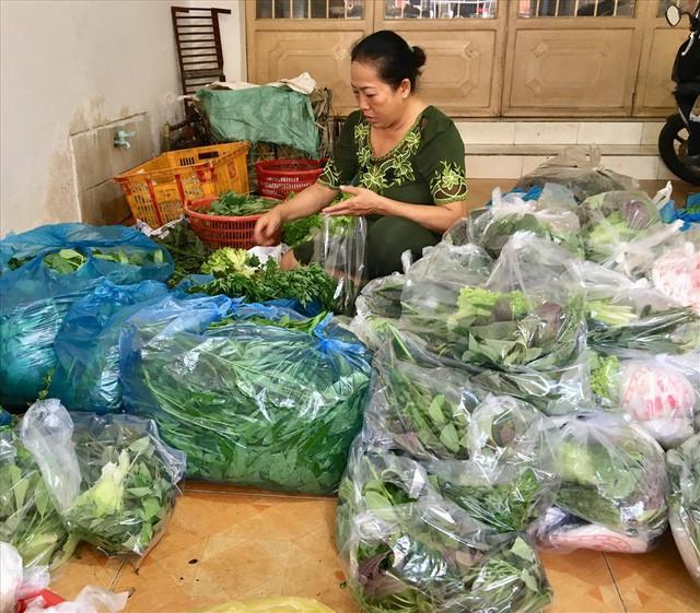 TPHCM: Đổ xô mua cá lóc nướng ngày vía Thần Tài - Ảnh 5.
