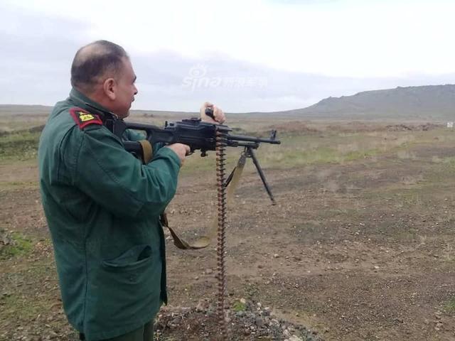 Đáng gờm dàn vũ khí cực mạnh của Cảnh sát Syria - ảnh 8