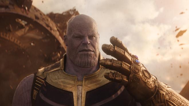 Giả thuyết dị về Avengers: Endgame: Thanos tự làm mình bay màu sau cú búng tay trong Infinity War? - Ảnh 1.