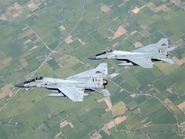 Khẩn cấp mua MiG-29: Ấn Độ sẽ tiếp nhận đống sắt tuổi đời 25 năm - Vì sao phải khổ thế? - Ảnh 5.