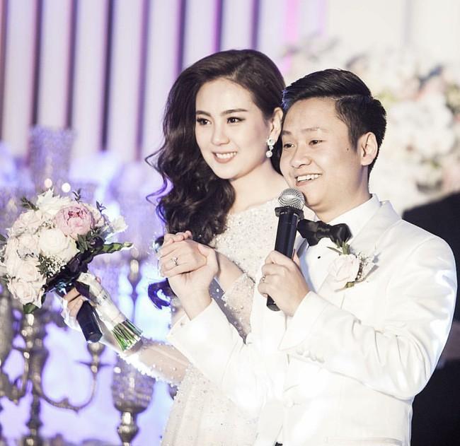 Nhìn ông xã Mai Ngọc trước và sau đám cưới mà phì cười, thì ra MC đình đám nhà đài cũng thuộc hội xài hao - Ảnh 2.