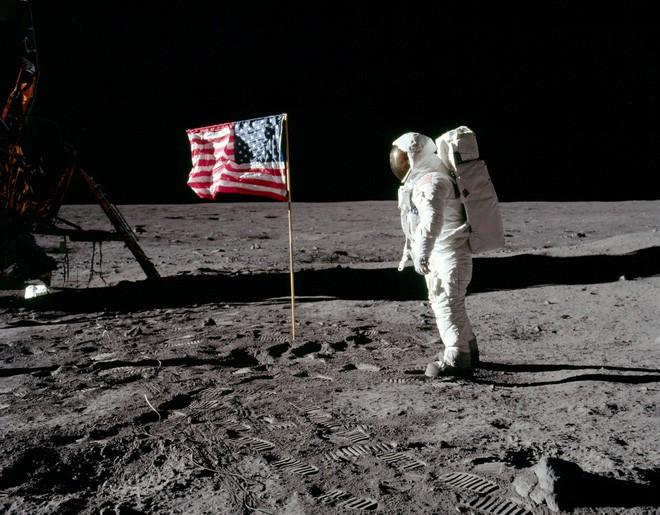 Elon Musk ủ mưu chế tạo quả tên lửa biết đổ mồ hôi để bớt nóng, khó gấp 100 lần dự án khó nhất của NASA - Ảnh 5.