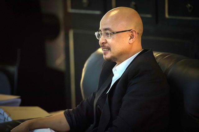 Chân dung doanh nhân nặng tình Đặng Lê Nguyên Vũ trong phiên tòa ly hôn: Nợ một người 200 triệu, suốt 23 năm vẫn trả 25 triệu/tháng để báo ơn - Ảnh 1.