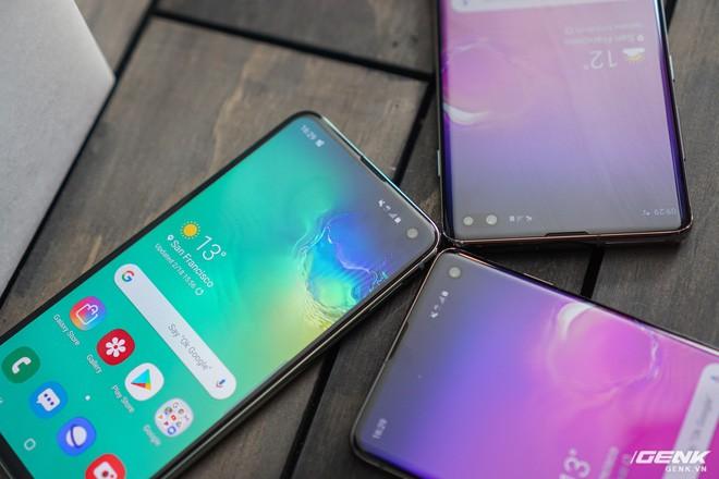 Trên tay Galaxy S10 và S10+: Bước ngoặt mới trong thiết kế smartphone - Ảnh 22.