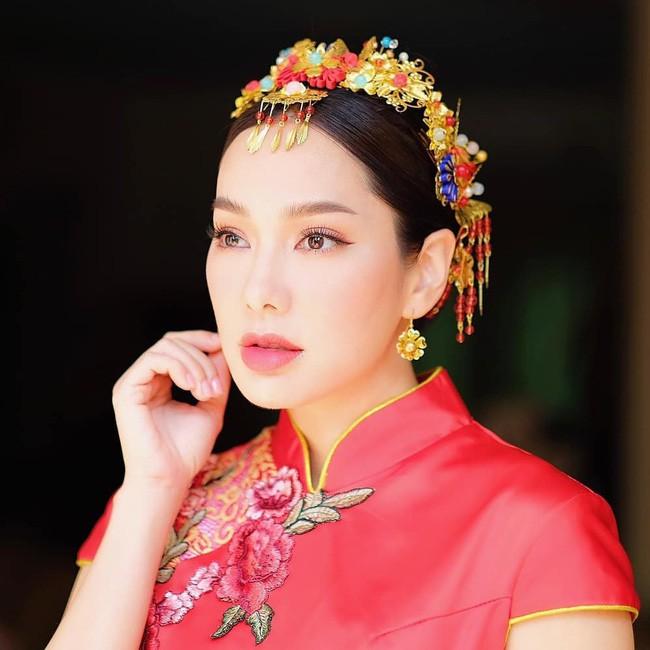 Những quý cô U40 cực phẩm của showbiz Thái: Đẹp, quyền lực, toàn yêu đại gia - ảnh 25