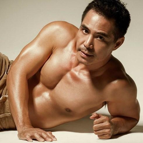 Showbiz Việt: Ngỡ ngàng với body của loạt sao nam U50 - ảnh 5