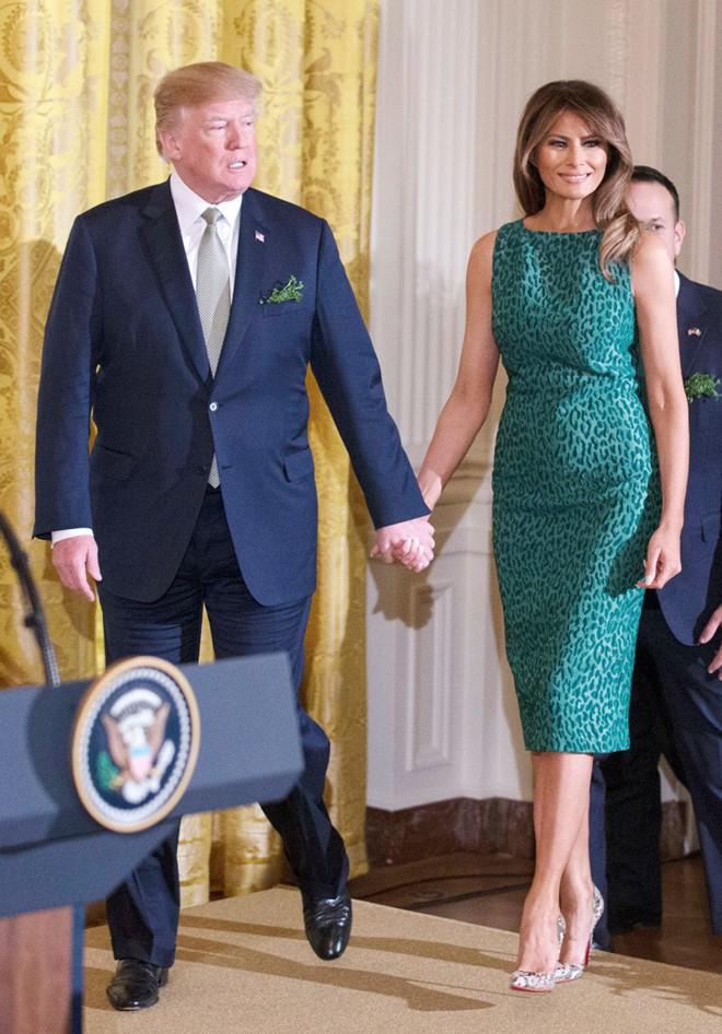 Vẻ đẹp nóng bỏng của vợ Tổng thống Donald Trump, đệ nhất phu nhân thời thượng bậc nhất nước Mỹ - Ảnh 15.