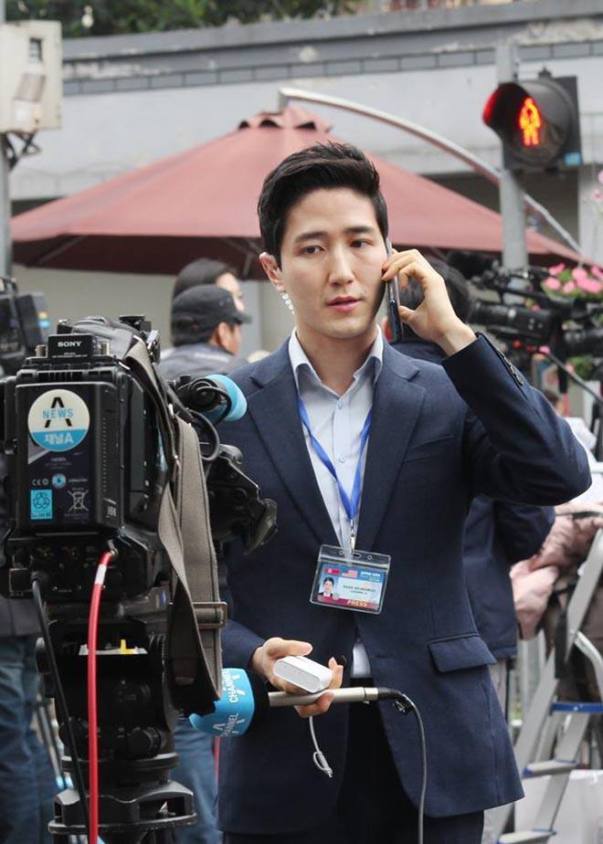 Cận cảnh nhan sắc các BTV, MC quốc tế gây sốt khi tác nghiệp tại Việt Nam vài ngày qua - Ảnh 5.