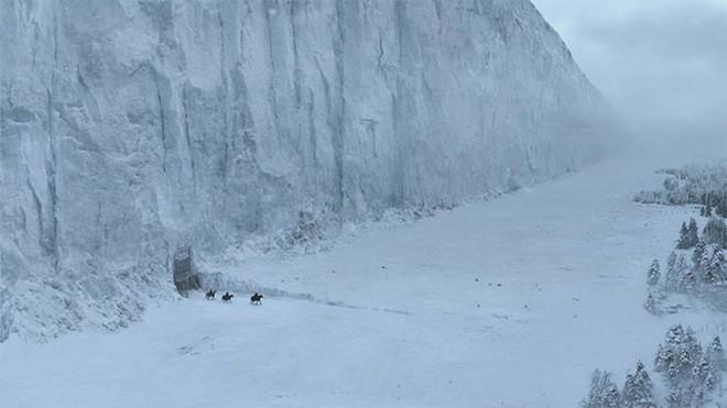 Tuyết phủ cao tới 17m, thung lũng quanh co ở Nhật được mệnh danh là The Wall đời thực - Ảnh 1.