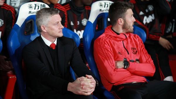 M.U vô đối, Solskjaer chính thức vượt qua Alex Ferguson - Ảnh 1.