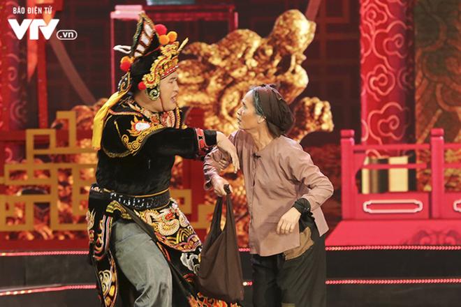 Bắc Đẩu xưng Qua, Ngọc Hoàng đi bão, dàn hot girl nóng bỏng xuất hiện tại Táo Quân 2019 - Ảnh 6.