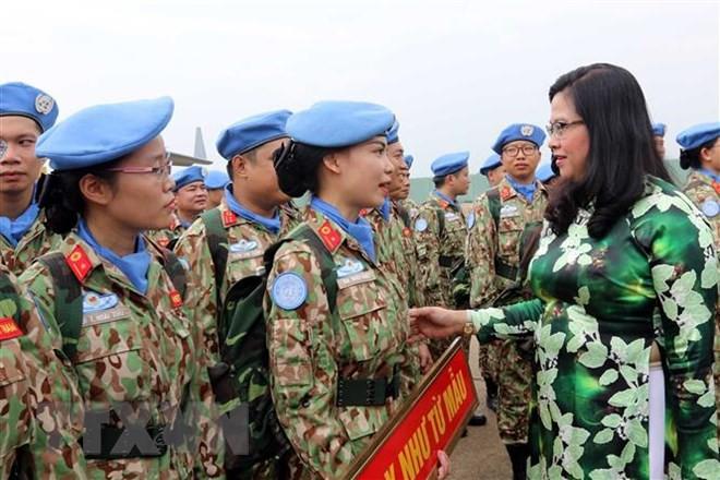 Gặp nữ sỹ quan Việt Nam đầu tiên thực hiện nhiệm vụ gìn giữ hòa bình - Ảnh 1.