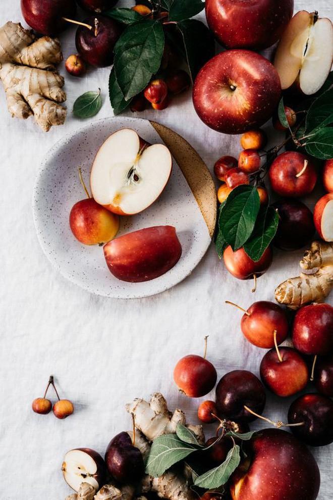 Điểm danh 4 loại trái cây gây nên bao sóng gió trong thần thoại Hy Lạp - Ảnh 1.