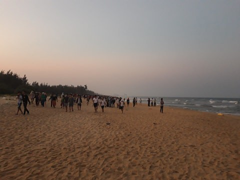 Vụ 6 học sinh tử vong khi tắm biển: Còn 1 nạn nhân chưa tìm được thi thể - Ảnh 1.