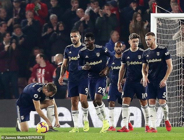 Ranieri bị sa thải vì phương pháp huấn luyện… lỗi thời - Ảnh 2.