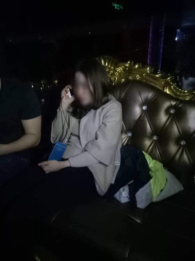Xôn xao câu chuyện thiếu nữ lên bar chơi với bạn trai mới quen rồi bị bỏ rơi cùng hóa đơn 9 triệu đồng - Ảnh 3.