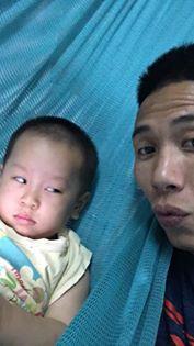 Mẹ đòi chụp ảnh tự sướng, phản ứng ra mặt của cậu nhóc khiến dân mạng nhấn like rần rần - ảnh 5