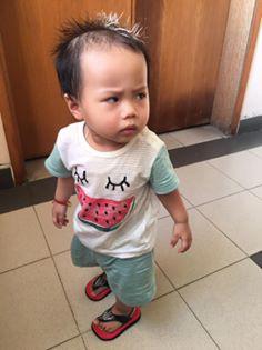 Mẹ đòi chụp ảnh tự sướng, phản ứng ra mặt của cậu nhóc khiến dân mạng nhấn like rần rần - ảnh 4