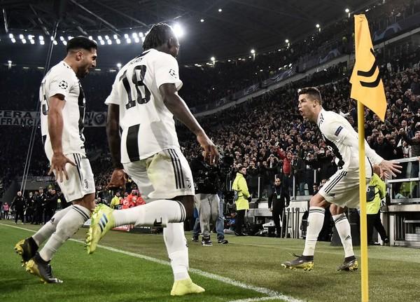 Ronaldo và Messi: Ai là số 1? - Ảnh 1.