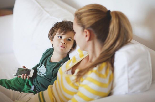 Cha mẹ hãy nắm ngay 9 cách ứng phó với thói xin xỏ nài nỉ cho bằng được của trẻ - Ảnh 4.