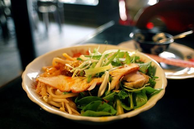 Báo The New York Times chọn Đà Nẵng làm điểm du lịch đáng đến nhất 2019 và ẩm thực là một trong những nguyên do chính - Ảnh 8.