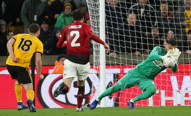 Thua Wolves, Man United lộ quá nhiều điều đáng lo trước cuộc tái ngộ Barcelona - Ảnh 1.