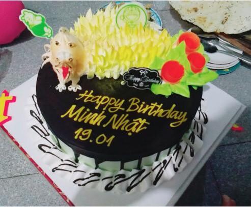 Khoe bánh sinh nhật của em trai 5 tuổi, cô gái nhận ngay kết luận 'cậu ta là... con giáp thứ 13' - ảnh 13