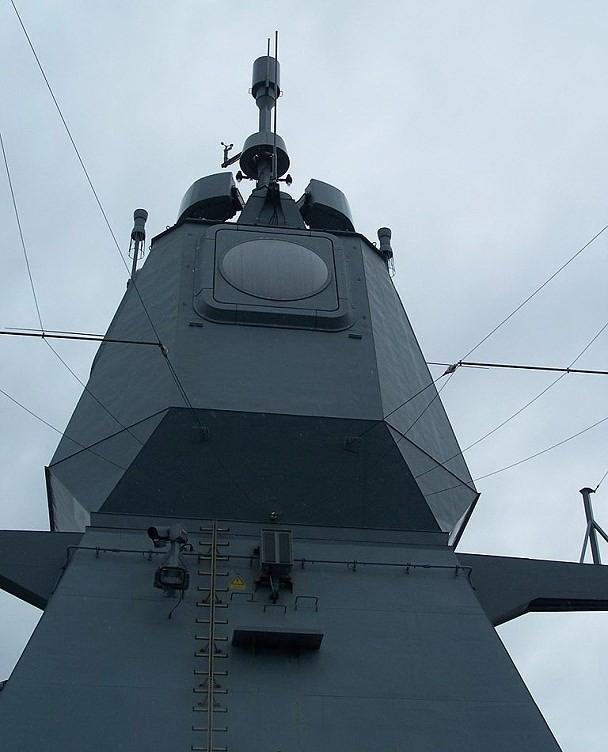 Hải quân Indonesia vươn lên hàng đầu Đông Nam Á nhờ khu trục hạm cực mạnh? - Ảnh 9.