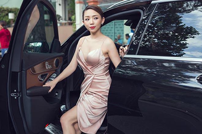 Mới về nước năm 2014, Tóc Tiên đã giàu có và nổi tiếng như thế nào ở Việt Nam? - Ảnh 4.