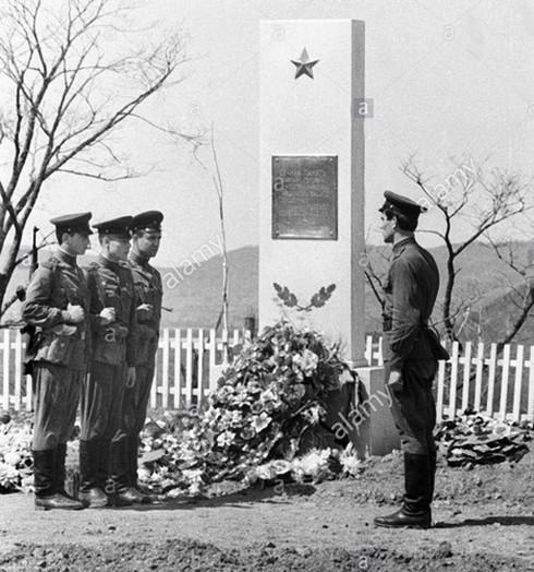 Hồ sơ mật về trận chiến đẫm máu giữa quân Trung Quốc và Liên Xô 1969 - Ảnh 2.