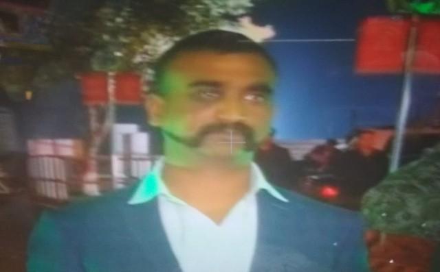 Phi công F-16 Pakistan bị chính dân địa phương đánh đến chết vì nhầm là người Ấn Độ! - Ảnh 1.