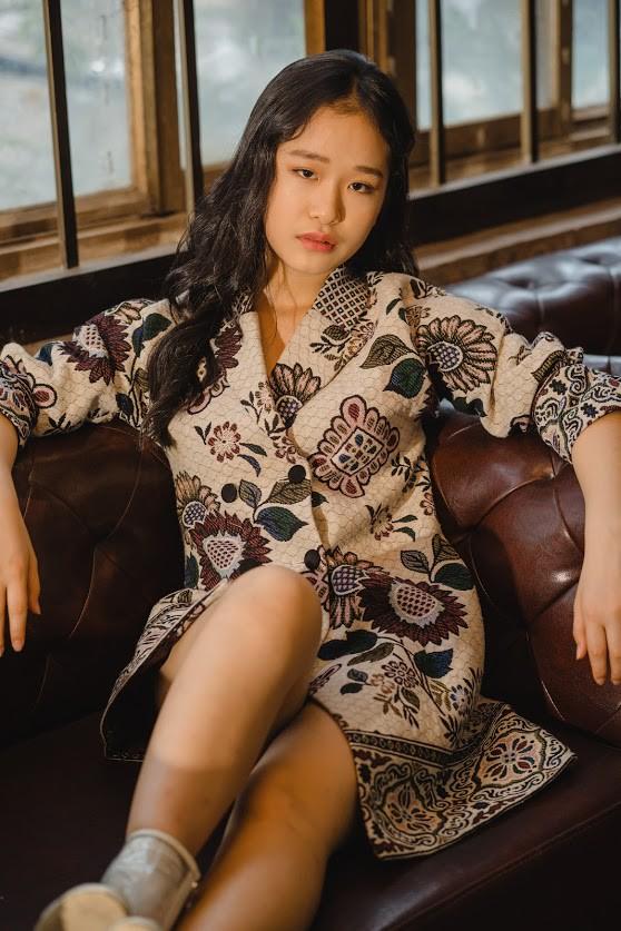 anh-3-lee-seo-jin-15530768251311209324713.jpg