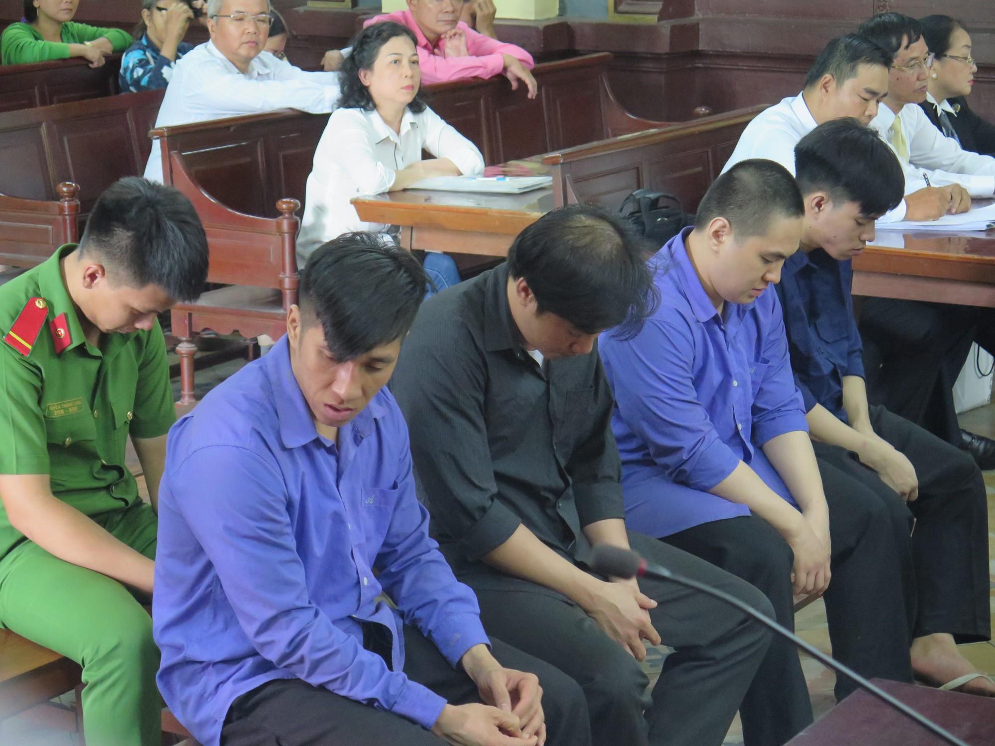 Cựu CSGT gọi giang hồ đánh chết người vi phạm lãnh 12 năm tù - Ảnh