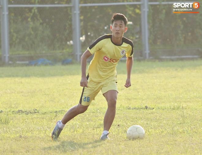 Lê Xuân Tú: Chàng trai xứ Thanh dễ mến, niềm hy vọng mới trên hàng công của U23 Việt Nam - Ảnh 2.