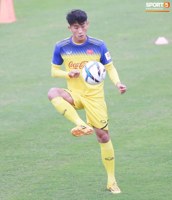 Lê Xuân Tú: Chàng trai xứ Thanh dễ mến, niềm hy vọng mới trên hàng công của U23 Việt Nam - Ảnh 12.