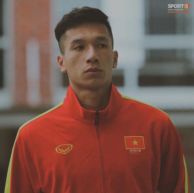 Trung vệ Nguyễn Văn Đạt: Cậu Tư em điển trai và nghệ sĩ của U23 Việt Nam - Ảnh 10.