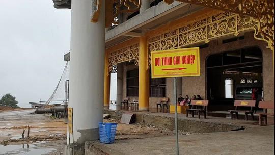 Cận cảnh nơi thỉnh vong, giải nghiệp tại chùa Ba Vàng - Ảnh 3.