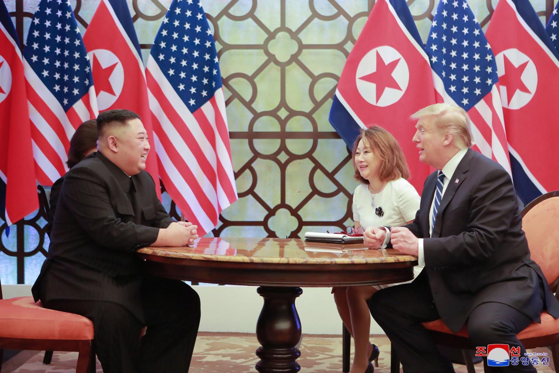 [PHOTO ESSAY] Những khoảnh khắc lịch sử trong chuyến công du Việt Nam đầu tiên của Chủ tịch Kim Jong-un - Ảnh 22.