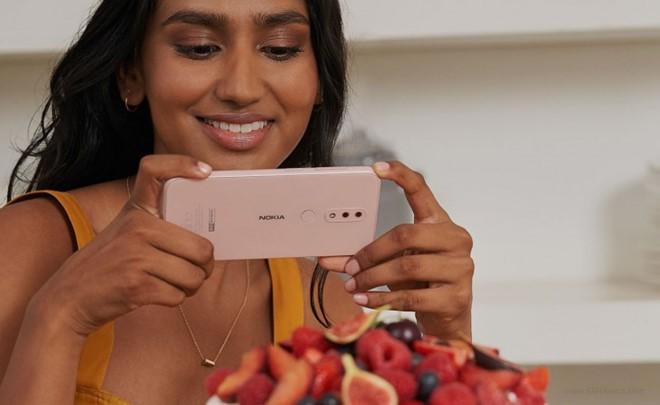 5 mẫu điện thoại tầm trung vừa 'ra lò' sở hữu công nghệ gì nổi bật? - Ảnh 6.