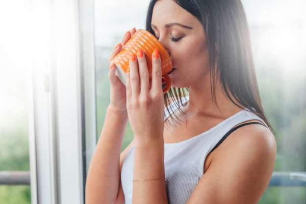 Lợi ích từ việc uống nước ấm: Giá trị lớn từ một món đồ uống đơn giản, ai cũng có sẵn