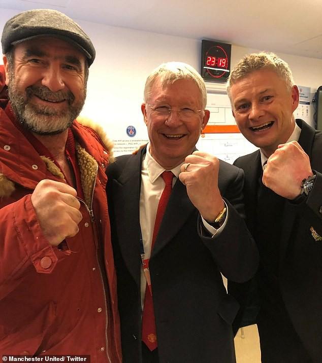 Man United đại thắng, Gary Neville làm fan phấn khích với 3 câu hỏi xoáy cho Solskjaer - Ảnh 2.