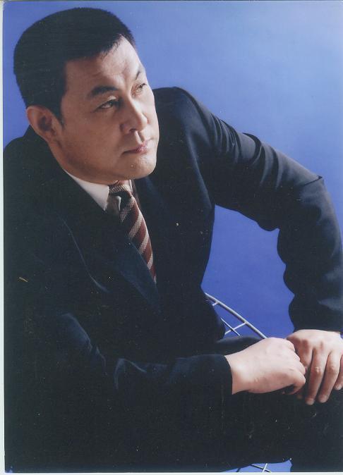 Quan Vân Trường uy phong nhất màn ảnh: Đã phải ngồi tù, có ân oán với Châu Tinh Trì - Ảnh 2.