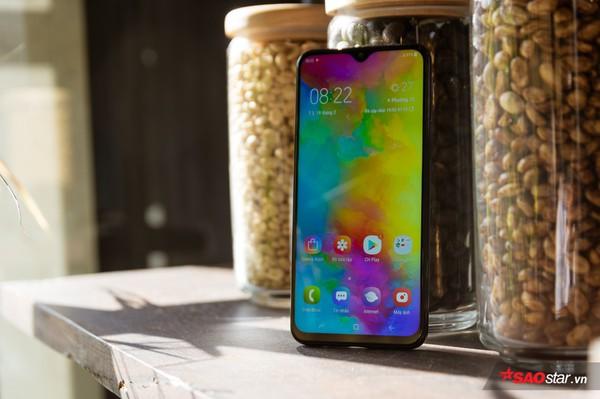 Đánh giá Samsung Galaxy M20: Smartphone có pin xài lâu sạc nhanh ấn tượng nhất! - Ảnh 29.