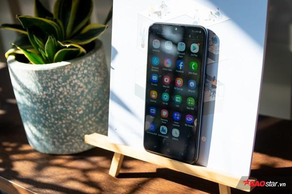 Đánh giá Samsung Galaxy M20: Smartphone có pin xài lâu sạc nhanh ấn tượng nhất! - Ảnh 31.