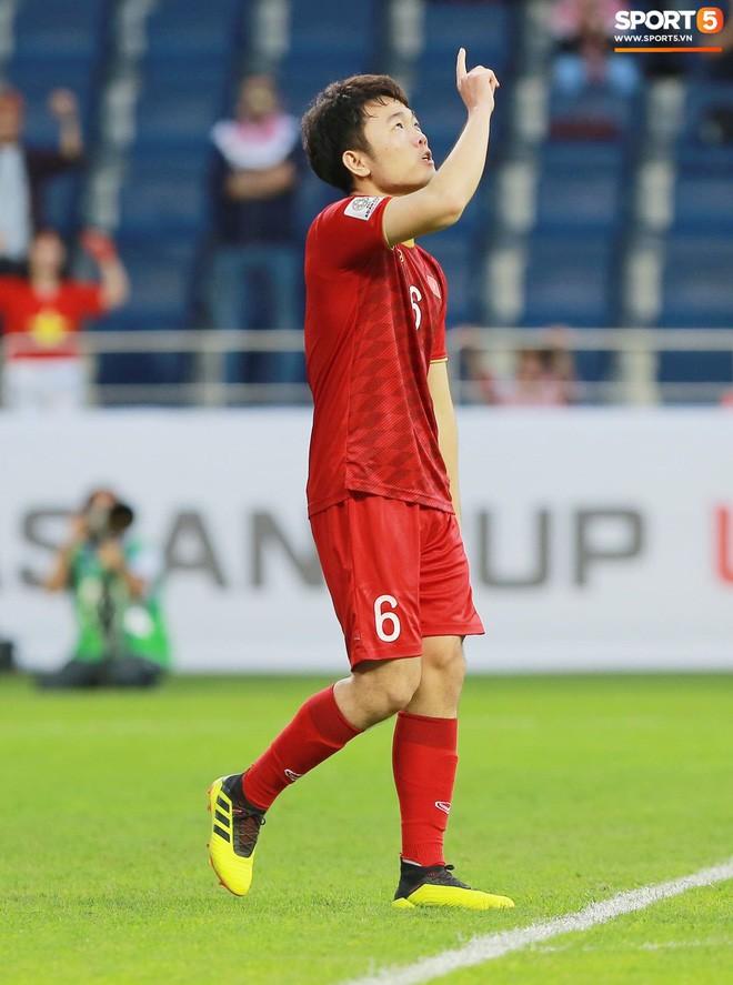 Tuyển Việt Nam dự Asian Cup 2019 được định giá 45 tỷ đồng, sốc với trường hợp Văn Hậu - Ảnh 4.