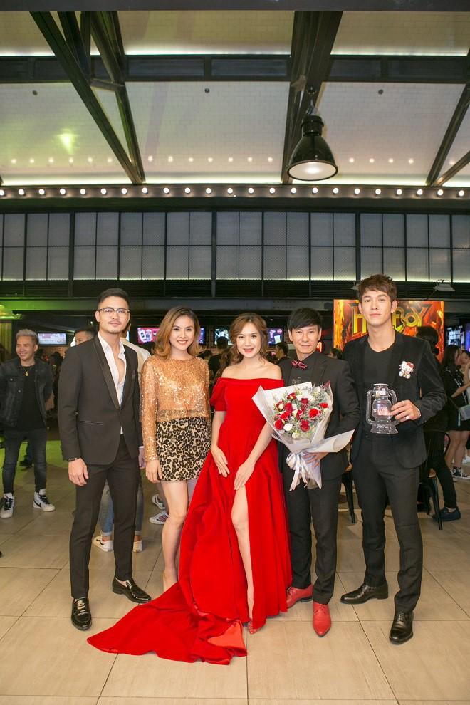 Trường Giang, Ngô Thanh Vân và dàn sao Việt chúc mừng Lý Hải ra mắt Lật mặt 4 - Ảnh 7.