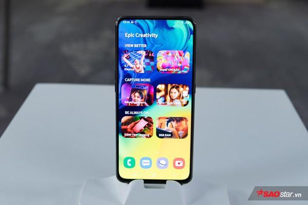 Trên tay nhanh Samsung Galaxy A80: Camera xoay lật 180 độ và màn hình chất chưa từng có! - Ảnh 1.